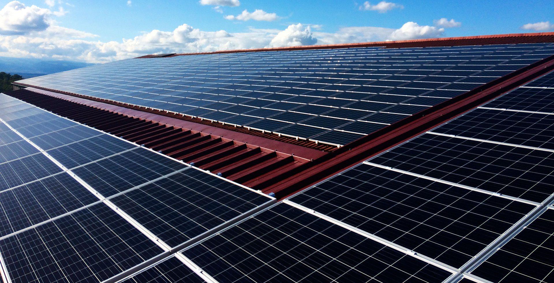 L'expert photovoltaïque des grandes toitures