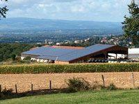 Terre et Lac spécialiste du photovoltaique pour les grandes toitures des exploitations agricoles